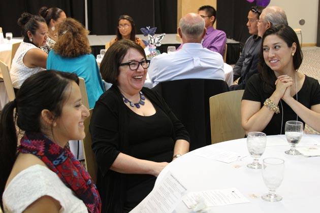 Dr. Sonia Saldivar Hull and Sara A. Ramírez at Banquet.
